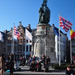 Burnout in Brugge's Grote Markt