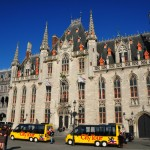 The yellow tour buses pulling up to the Stadhuis marred my view of Brugge